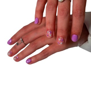 Flowers Nails 🌸 💅🏼 Semi permanent & Nail Art 2 doigts - 32€  #prothesisteongulaire #nails #ongles #nailart #manucure #nailstagram #onglesgel #gelnails #onglesengel #nail #onglerie #nailsaddict #nailsofinstagram #vernissemipermanent #instanails #nailaddict #stylisteongulaire #gel #ongle #semipermanent #nailsart #nailartist #babyboomer #nailstyle #passion #gelpolish #beauty  #bhfyp #nailome